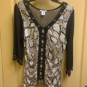 EUC Krista Lee Snakeskin Top size Medium